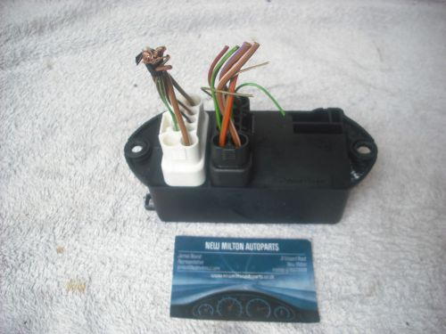 small resolution of a genuine jaguar x300 xj6 boot trunk mounted fuse box 18 way lna 2800 ae